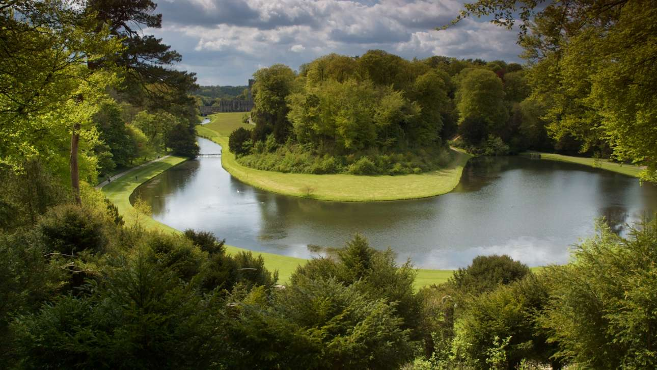 New Lanark World Heritage Site: Legacy of the Landscape - Industry, Conservation and Development