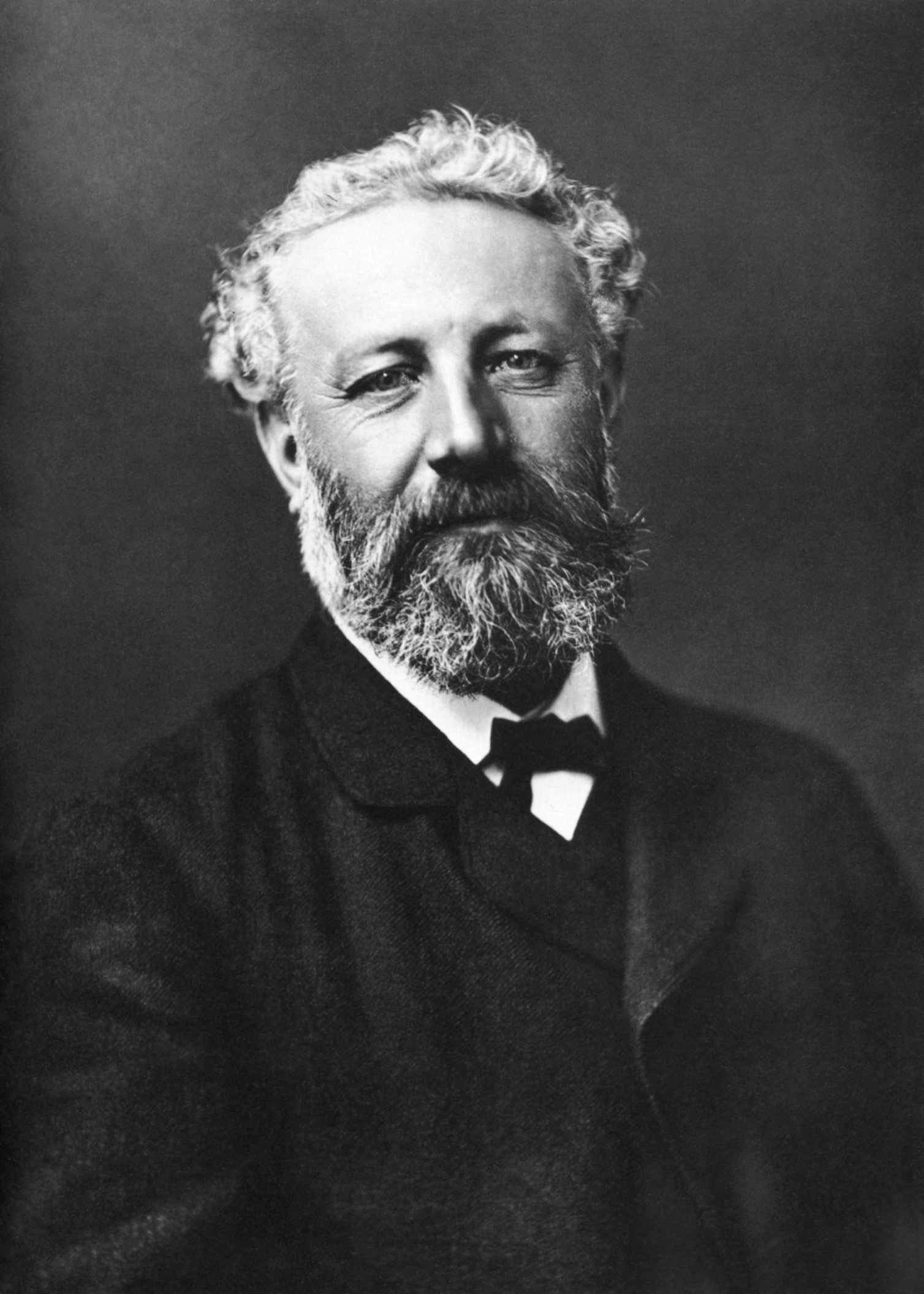 Jules Verne and the Nineteenth Century, in light of Walter Benjamin